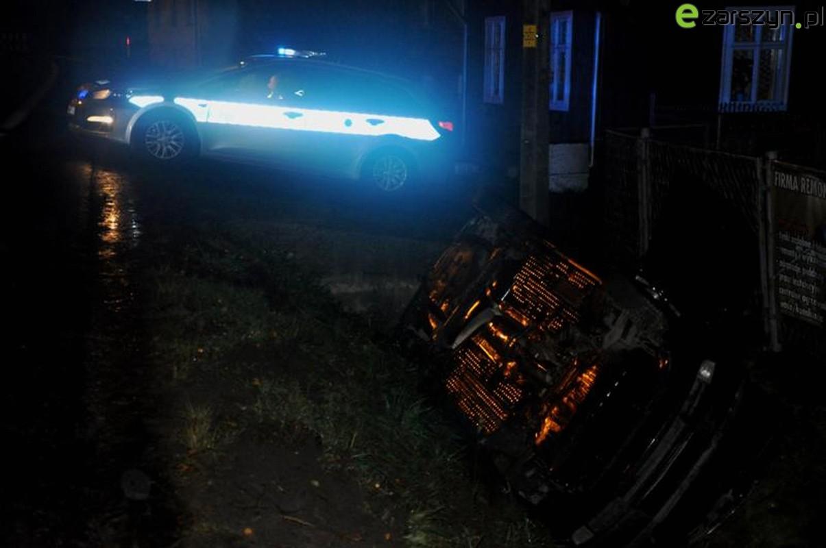 Zdarzenie drogowe w Zarszynie - dwie osoby poszkodowane